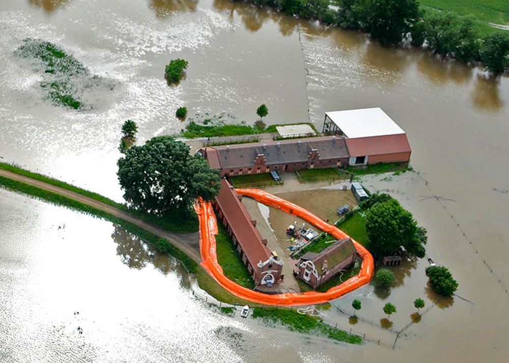 Structure-flex Introduce Anglo-German Flood Defence